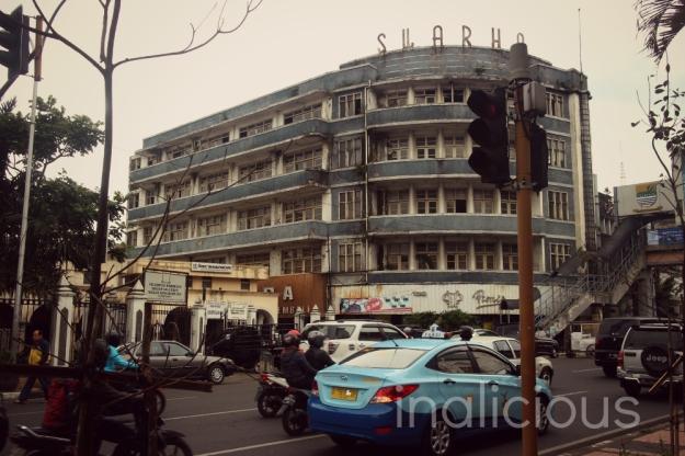Hotel Swarha yang udah spooky...sayang banget